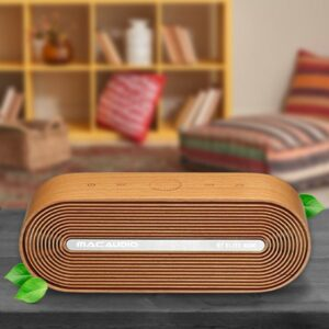 With its high-quality wooden housing made of Australian beech and a CNC-milled speaker grille with diamond-cut metal insert